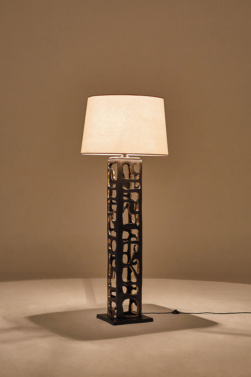 Milonga_Floor_Lamp_Gold_Leaf_Bronze