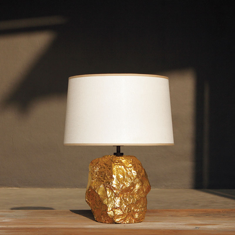 cornice_table_lamp