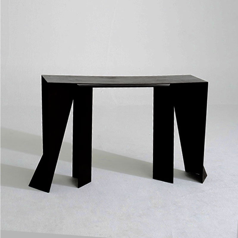 alexander_lamont_table